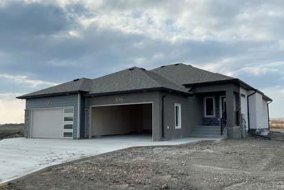 Front-Exterior-106-Middlechurch-Gate-DGA01-The-Jasper-Broadview-Homes-Winnipeg