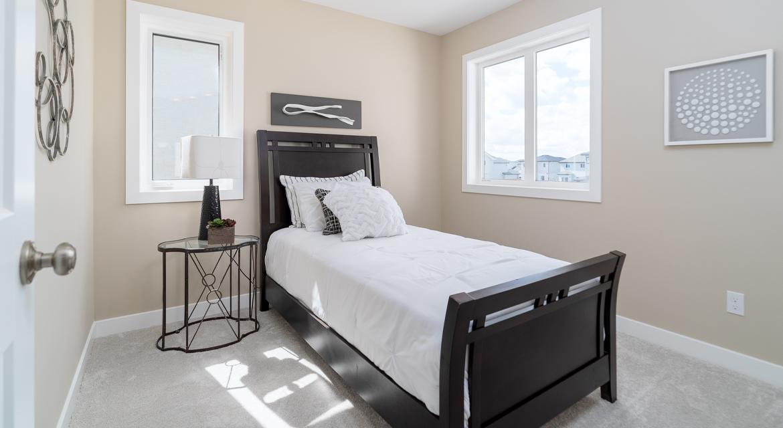 11. Secondary Bedroom - 15 George Barone Bay The Upton DG 47 A Broadview Homes Winnipeg