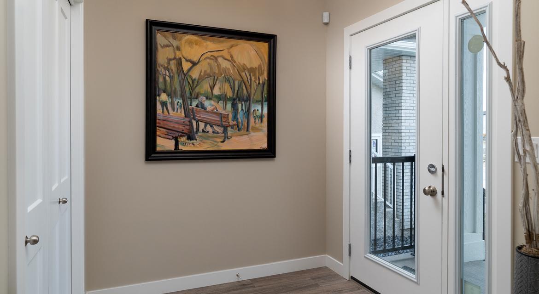 2. Foyer - 15 George Barone Bay The Upton DG 47 A Broadview Homes Winnipeg