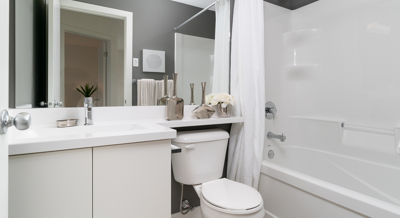 16. Main Bathroom - 15 High Park Drive - The Monticello DG 16 H Broadview Homes Winnipeg