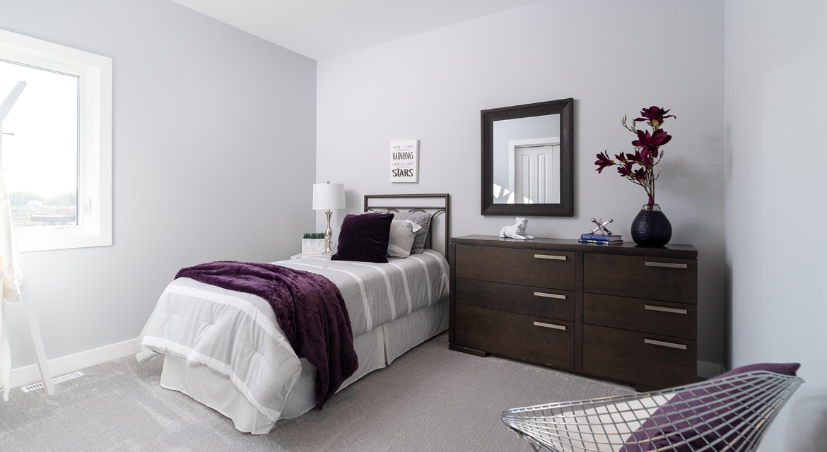 9. Secondary Bedroom - 302 Tanager Trail DG 23 B The Grayson Broadview Homes Winnipeg