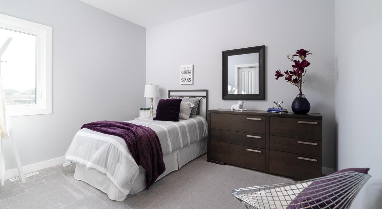 9. Secondary Bedroom - 302 Tanager Trail DG 23 B The Grayson Broadview Homes Winnipeg