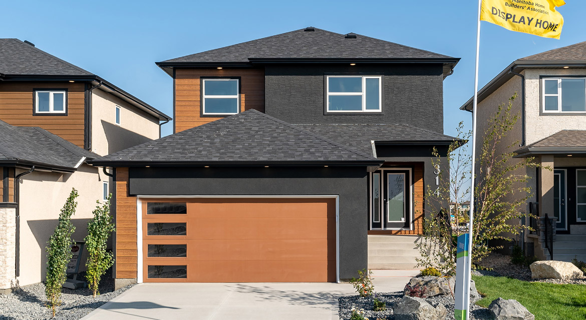 1. Exterior - 314 Tanager Trail - The Avalon DG 15 A Broadview Homes Winnipeg