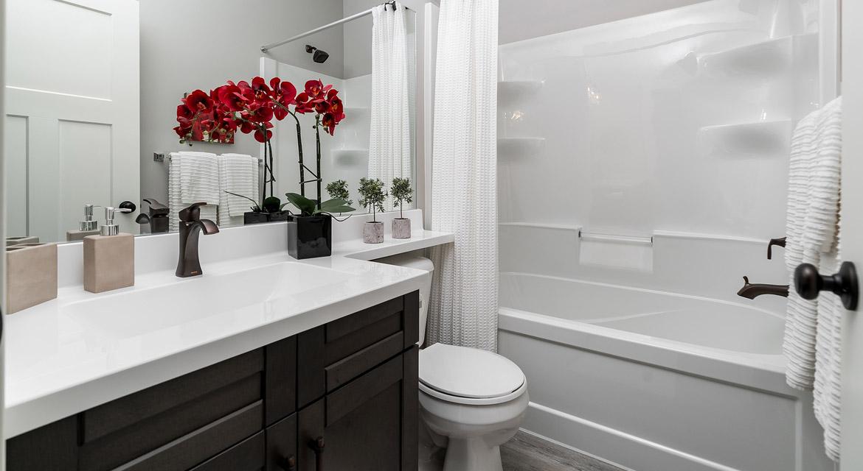 13. Main Bathroom - 464 Maconnell The Pritchard DG 50 B Broadview Homes Winnipeg