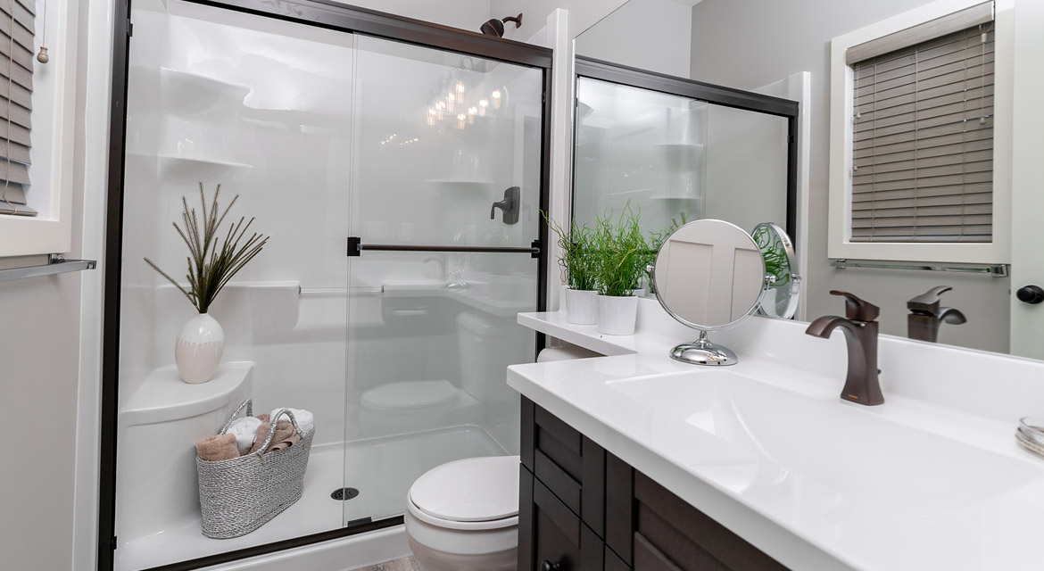 17. Ensuite - 464 Maconnell The Pritchard DG 50 B Broadview Homes Winnipeg