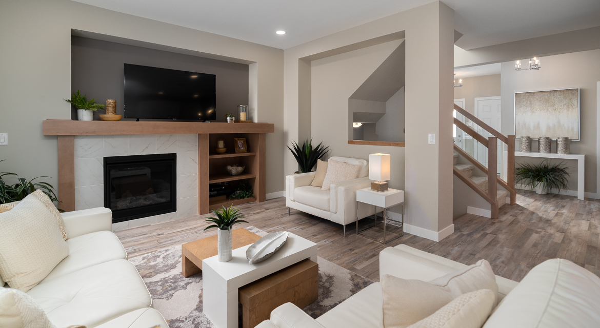 8. Great Room - 5 Orion The Atwood DG 45 A Broadview Homes Winnipeg