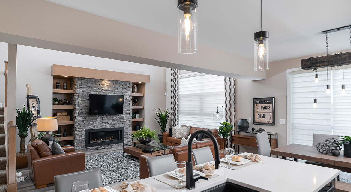 8. Kitchen and Great Room - 6 McCrindle Bay - DG 16 G The Monitcello Broadview Homes Winnipeg