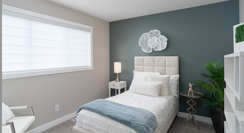 17. Secondary Bedroom - 63 Crestmont Drive The Harlow DG 17 A Broadview Homes Winnipeg