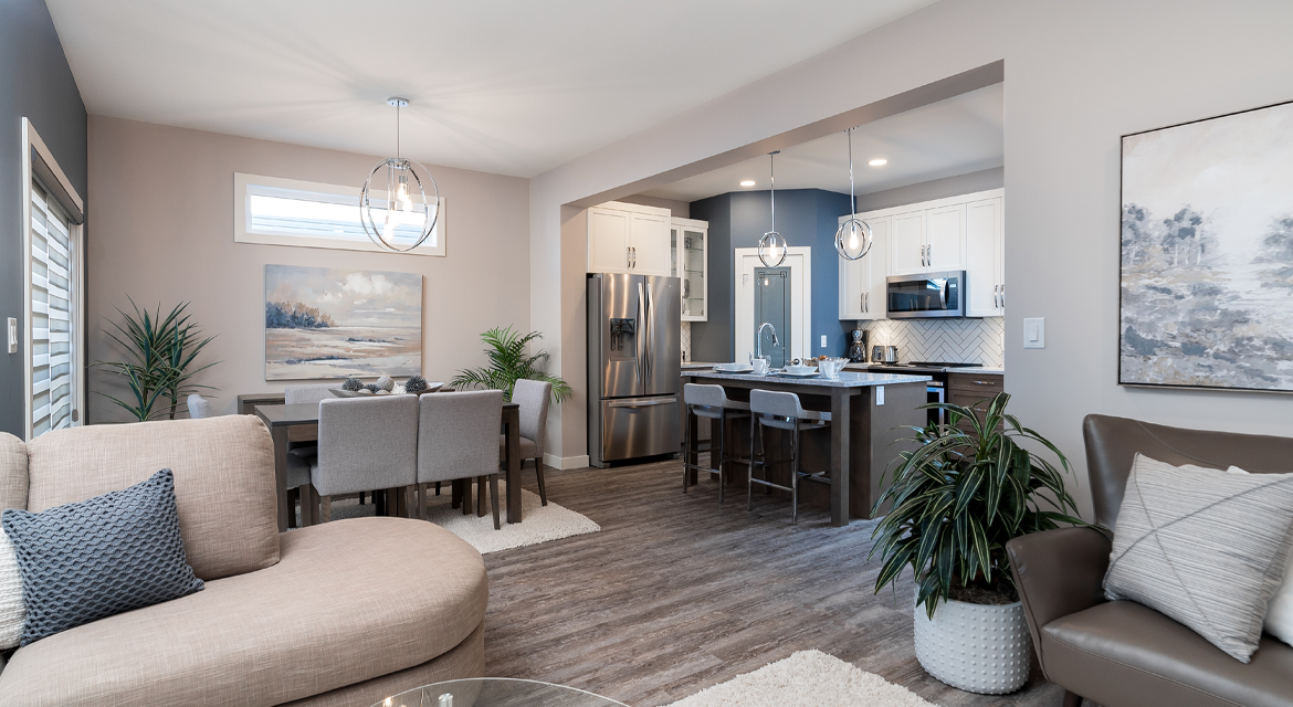10. Eating Area and Kitchen - 84 Crestmont The Preston DG 10 A Broadview Homes Winnipeg