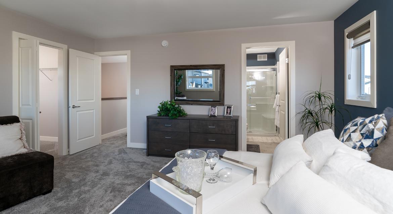 15. Master Bedroom - 84 Crestmont The Preston DG 10 A Broadview Homes Winnipeg