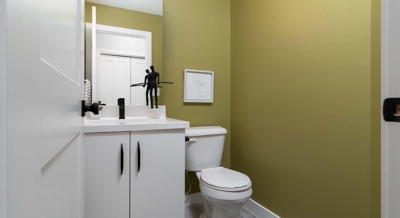 12.Powder-room-139-Middlechurch-Gate-DG-44-F-The-Monteray-Broadview-Homes-Winnipeg
