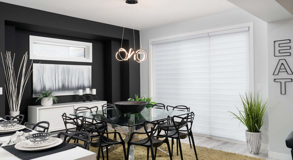 7.Eating-Area-139-Middlechurch-Gate-DG-44-F-The-Monteray-Broadview-Homes-Winnipeg