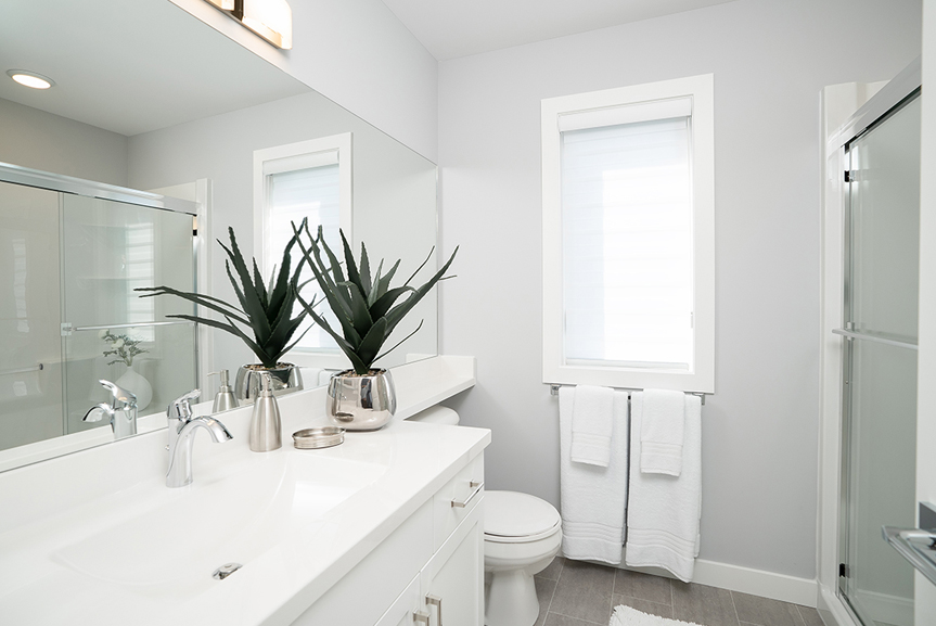 9. 323 Tanager Trail - Ensuite Broadview Homes The Highview DG 43 A