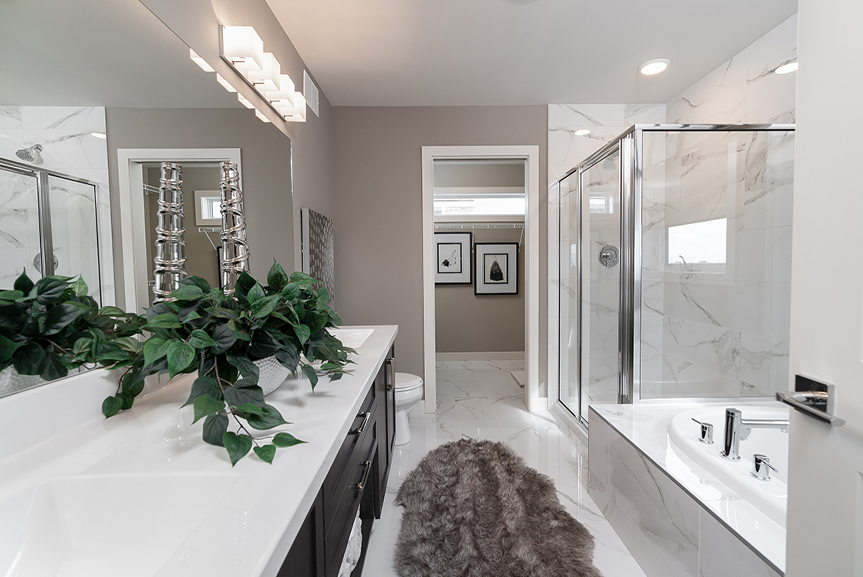 11. 335 Tanager Trail - Ensuite Broadview Homes The Highview DG 44 E Twilight