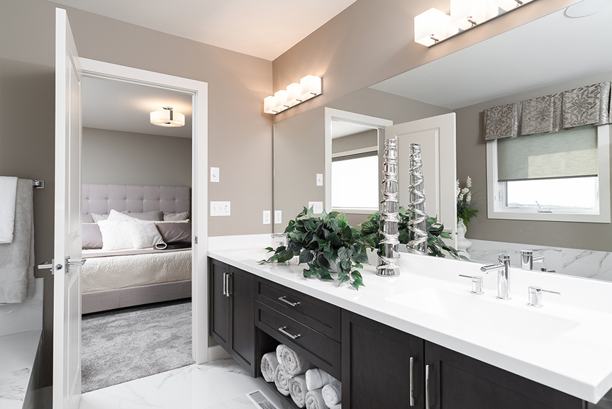 13. 335 Tanager Trail - Ensuite Broadview Homes The Highview DG 44 E Twilight