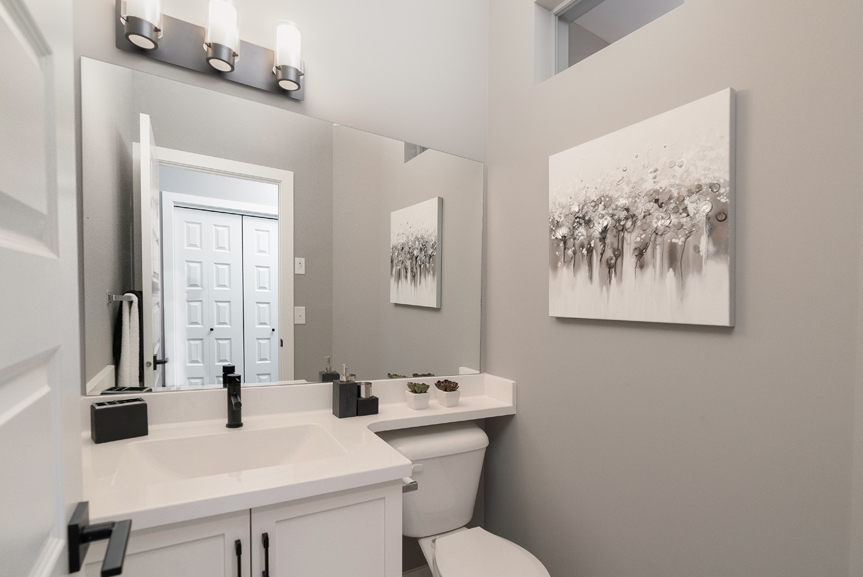 6. 88 Skyline Powder Room - Broadview Homes The Monticello DG 16 G