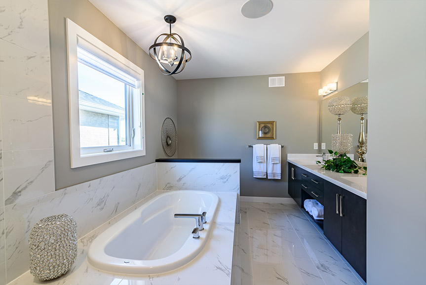Master Ensuite 10 Red Sky Broadview
