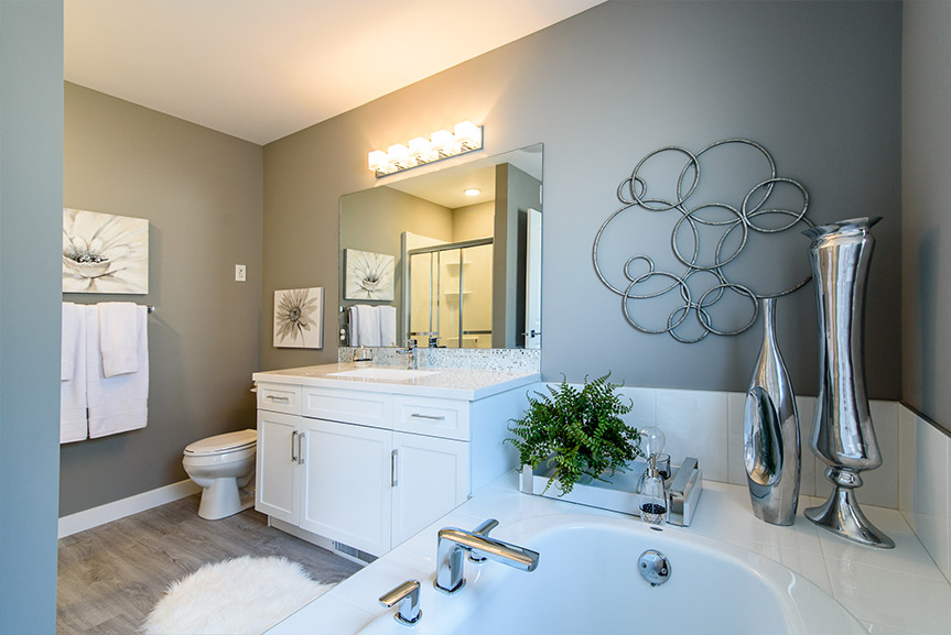Deluxe Ensuite 35 Skyline Broadview Homes