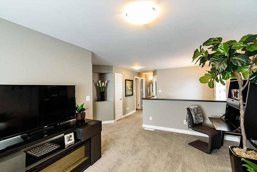 Second Floor Loft 230 Daylan M Broadview Homes