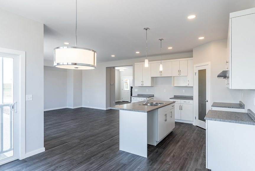 8. Kitchen and Great Room - 119 Fieldhouse The Dawson DG 11 A Broadview Homes Winnipeg