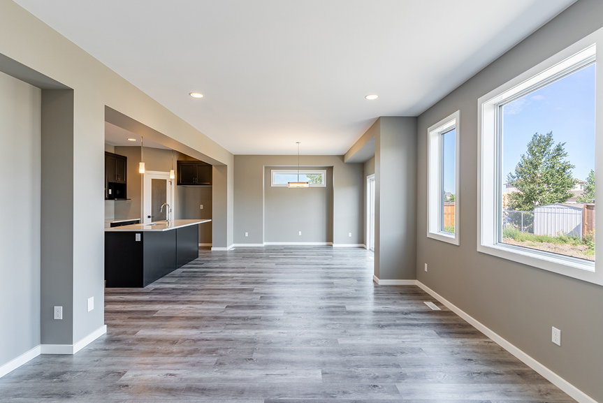 11. Great Room and Eating Area - 7 Fieldhouse The Avalon DG 15 A Broadview Homes Winnipeg